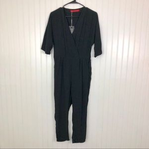 Pants - NWT medium black pants jumpsuit with pockets